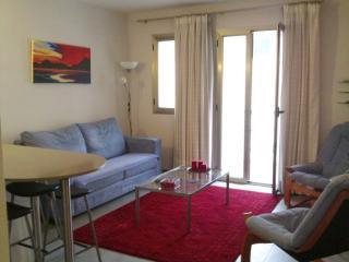 beautiful modern apartment 2 mins pine walk, Port de Pollenca