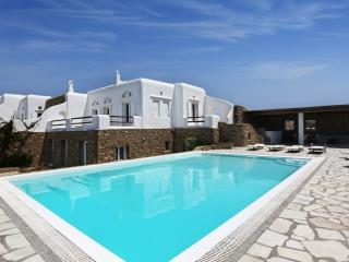 Blue Villas | Elektra | Close to Super Paradise, Mykonos-Stadt