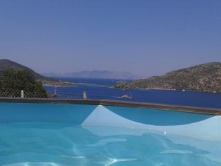 Stunning sea view,secluded location,pool&garden, Bozburun