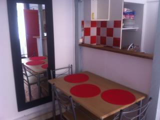 Studio meublé + mezzanine/LE PANIER/prox.MUCEM, Marseille