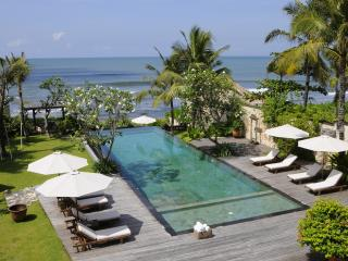 Villa Waringin, luxury beachfront villa