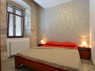Mimoza Old Town Apartments Pula near Arena 2 pers.