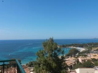 Appartement et grande terrasse, très belle vue mer, Ajaccio