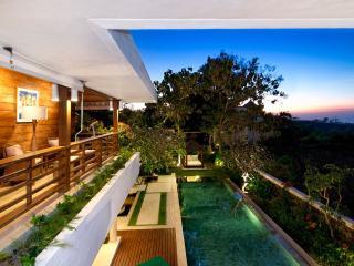Villa Champa - Pure Bali Elegance inc. Car/Driver
