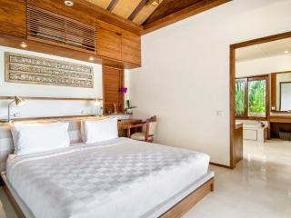 Villa Champa Master Bedroom