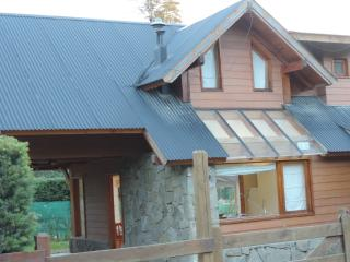 Beautiful mountain cabin, Villa La Angostura