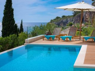 Luxury villa with pool near sea in city Hvar