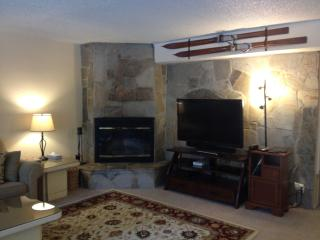 Heavenly Condo! Stay 5 or More Nights and SAVE!, South Lake Tahoe