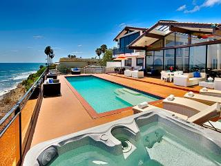 Magnificent Oceanfront Home with private pool and spa, La Jolla