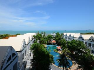 Absolute Beachfront Luxury Studio, Pattaya