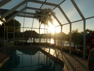 Wide water view pool home, close to beach-remodeled, Marco Island