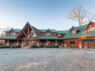 Perfect property for Weddings & Corporate Retreats, Morganton