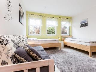 B2 Quiet apartment in Bergisch Gladbach Moitzfeld, Dahlhaus