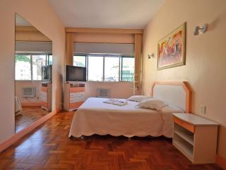 (503) Apartamento padrão Copacabana, Rio de Janeiro