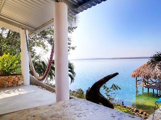 4 bed house near Tikal, private beach