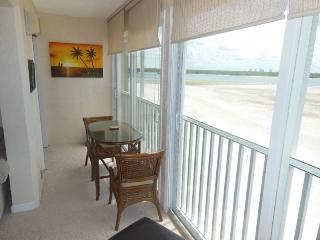 Castle Beach 406, Fort Myers Beach
