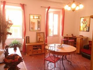Le Volti, typical apartment, quiet, Villefranche-sur-Mer