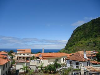 Full Renovated House with sea views on Madeira, São Vicente