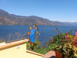Luna Azul Casita, San Pedro La Laguna. Guatemala