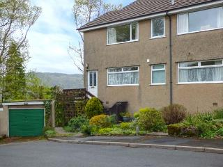 BISKEY VIEW, ground floor apartment, dog-friendly, WiFi, wonderful views, in, Bowness-on-Windermere