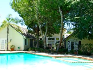 Fallbrook Luxury, w/Pool, Golf Views + Guesthouse