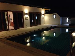 LUXRY VILLA  4 BEDROOMS LAMAI BEACH, Ko Samui