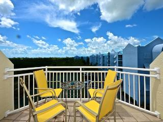 Saint Kitts #412 - 2/2 Condo w/ Pool & Hot Tub - Near Smathers Beach, Key West