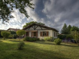 luxurious 6 person villa in Vielle St Girons, Vielle-Saint-Girons