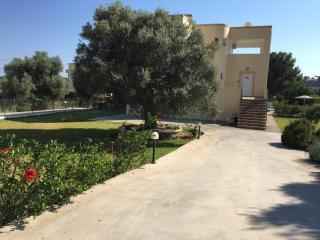Beautiful Detached Villa With Private Pool, Lindos