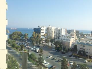 Kanika Panoramic sea view Luxury 3 B/R Apartment