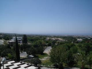 leda  heights resort, Mesa Chorio