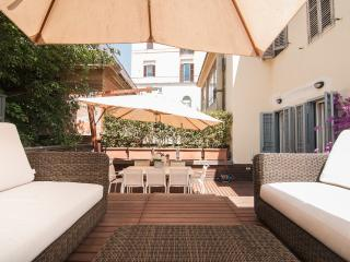 Right at the Spanish Steps Super Luxury Apartment