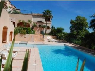 Appartement dans résidence avec piscine F373, Sainte-Maxime