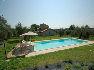Detached 3 bedroom house with private pool, Amelia