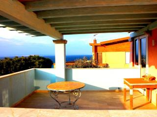 RENA 4BR-terrace above sea by KlabHouse, Santa Teresa di Gallura