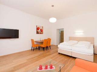 Vereins Compact Orange apartment in 02. Leopoldst…, Vienna