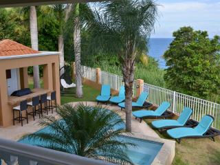 Palmas Luxury Home, Spectacular Ocean Views, Sensational Decor (SC53), Humacao