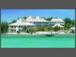 Grand Caymanian Resort: 1-BR Sleeps 4 Full Kitchen, West Bay