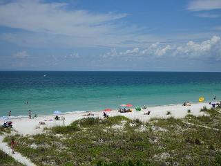 October Specials - Beachfront Paradise - COMPLETELY REMODELED -Sea Isles G, Indian Rocks Beach