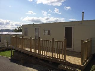 Westbourne Caravan Park Fabulous sea views RED