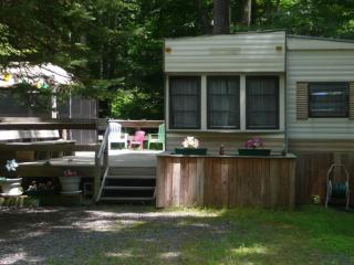 Eagle Lake 2-BR Vacation Summer Home, Gouldsboro