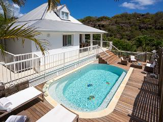 Charming villa located in a private area of Vitet WV PAY, St. Barthelemy