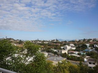 APARTMENT 10 MIN FROM THE BEACHES, Noumea