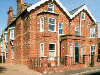 ST DAVIDS, ground floor cottage, seaside, WiFi, open plan, Mundesley, Ref. 925269