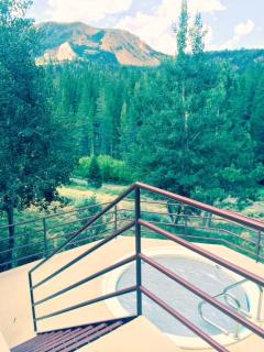 Aspen Creek #123 - Hot tub with mountain views