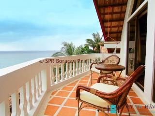 3 Bedroom Villa in Diniwid, Boracay - BOR0027