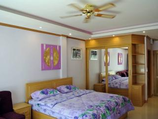 Newly remodeled studio at Jomtien (BSL TC F3 R306), Pattaya