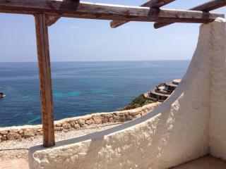 Villa con 2 bilocali a Cala Creta - Lampedusa