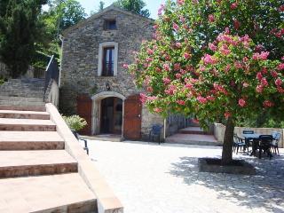 Le Moulin, Folelli