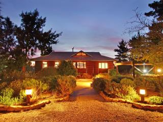 Exclusive self-catering lodge - Phezulu Lodge, Somerset West
